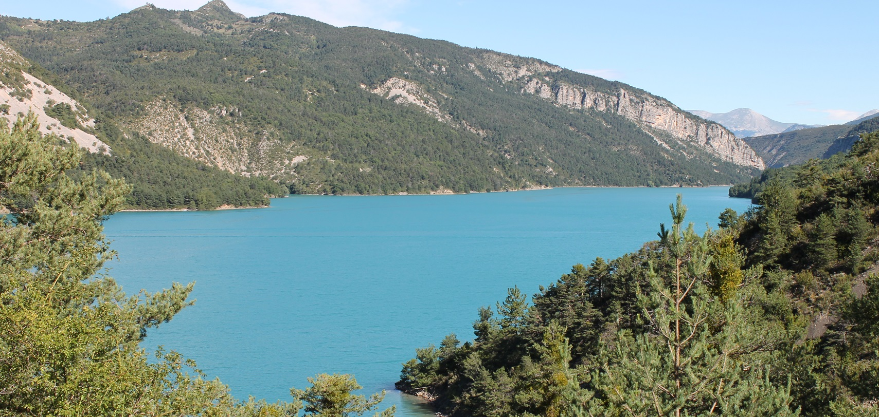 The Castillon lake